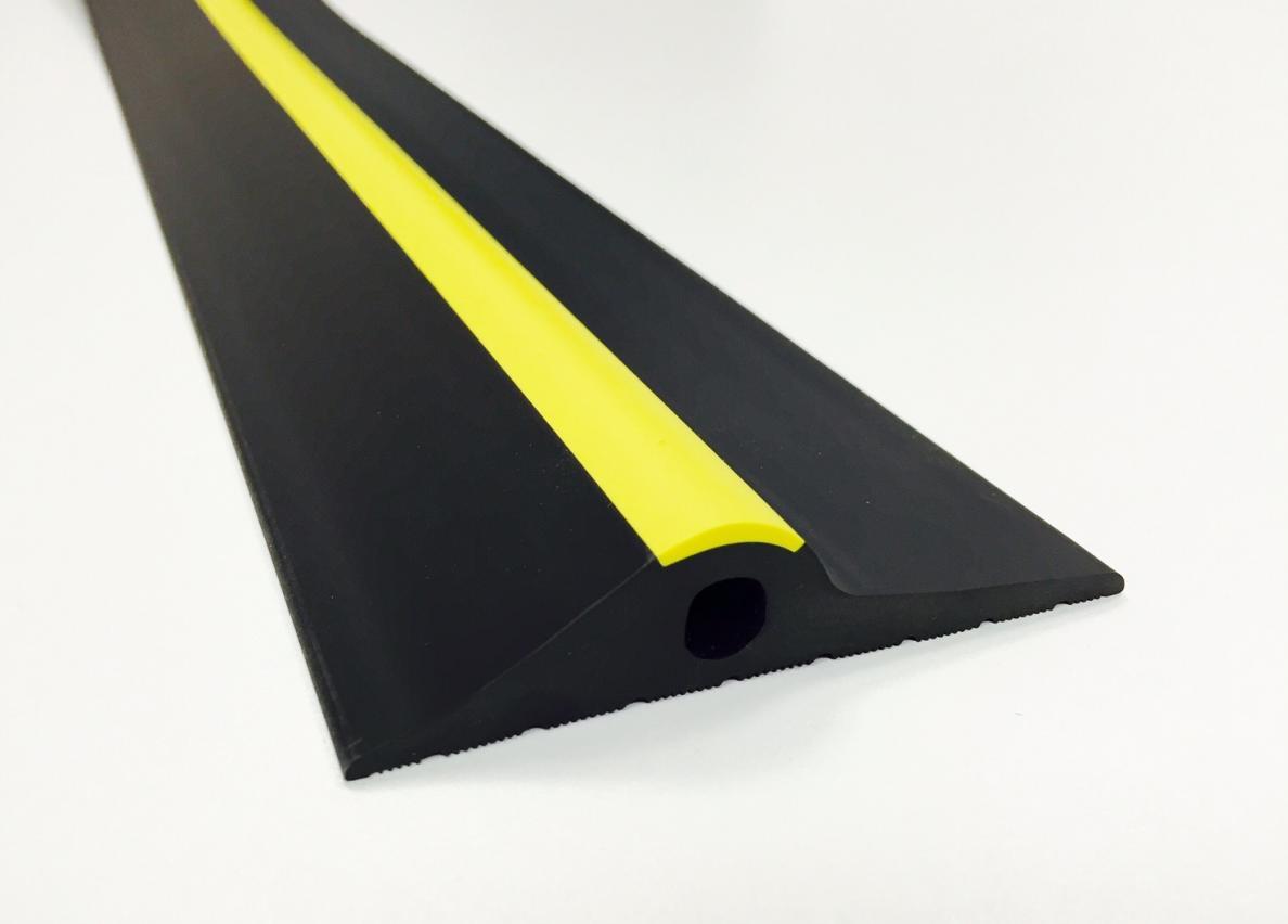 Garage Door Rubber Seal >> 20mm Black Yellow Rubber Garage Door Floor Seal